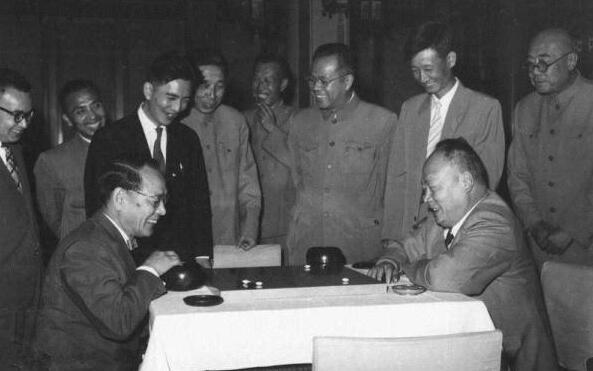 推动围棋外交的陈毅是中国围棋奠基人