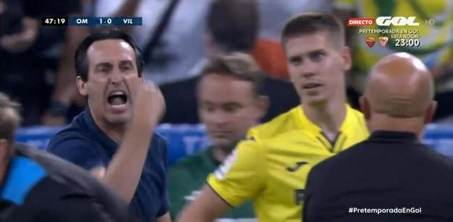 友谊赛变成友尽赛  埃梅里和桑保利差点打起来了