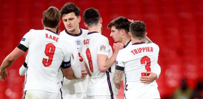 欧国联-福登2射1传 芒特破门 英格兰4-0完结连败