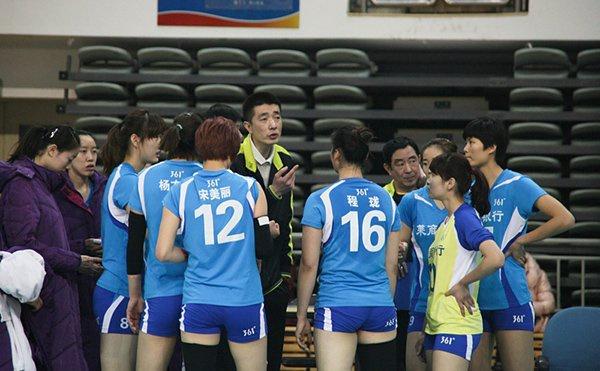 2013-2014全国女排联赛,安家杰提醒山东女排