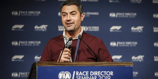 FIA的赛事总监迈克尔-马西