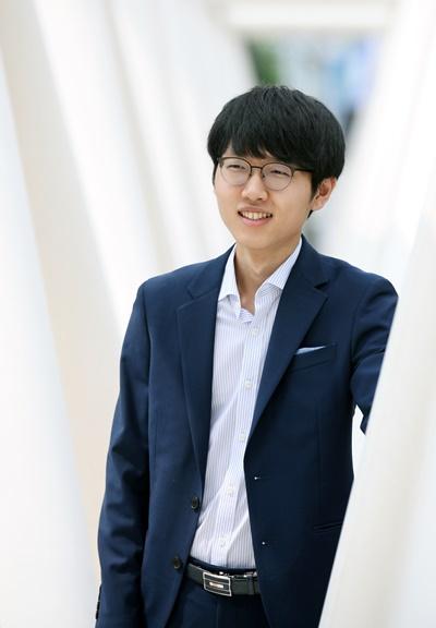 韩国围棋第一人申真谞九段