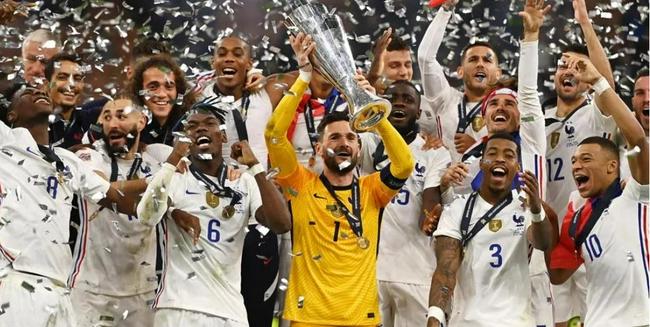 法国已拿8个重量级冠军   德尚:为球员们自豪