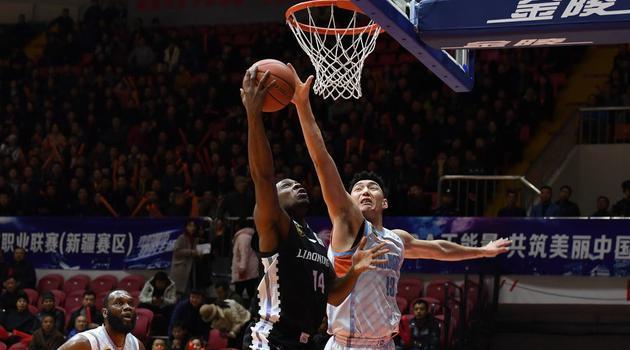CBA第11轮:新疆vs辽宁