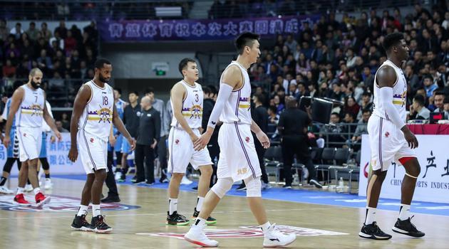 季前赛-林书豪缺阵北京胜北控