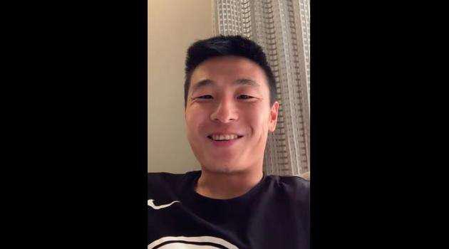 武磊向球迷们讲述了自己的现状