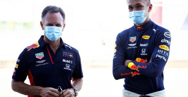霍纳与泰国车手阿尔本