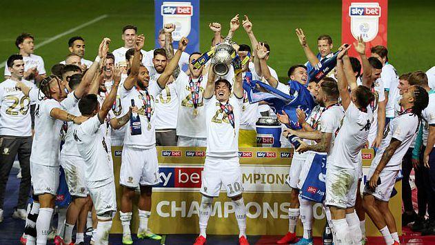 利兹联本季英冠头名升级