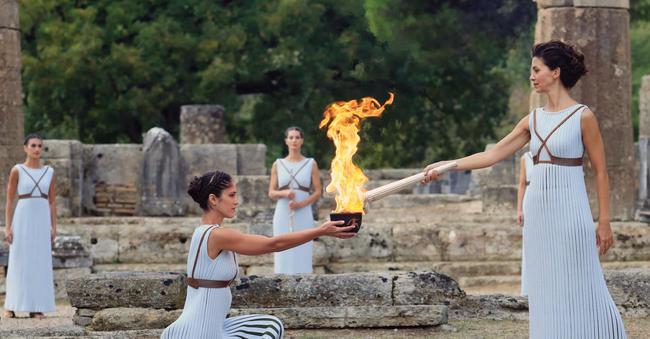 北京时间3月12日17点30分,奥运会圣火采集仪式将在希腊古奥林匹亚遗址进走。