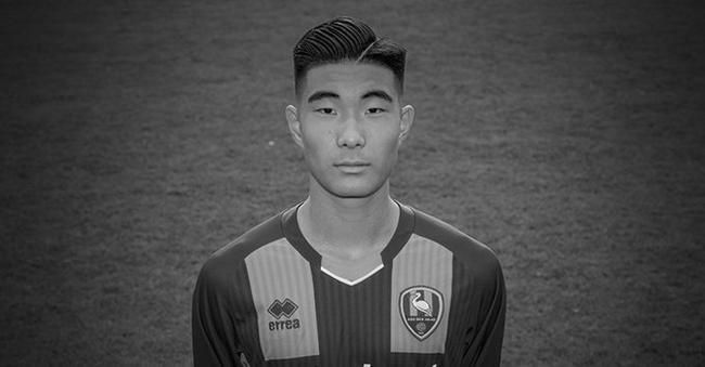 荷甲海牙官方宣布15岁中国球员王凯冉因意外去世