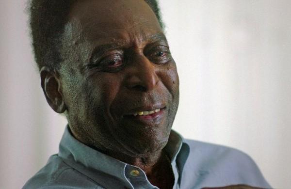 贝利将拍卖纪念牌帮助巴西对抗疫情  包括C罗球衣
