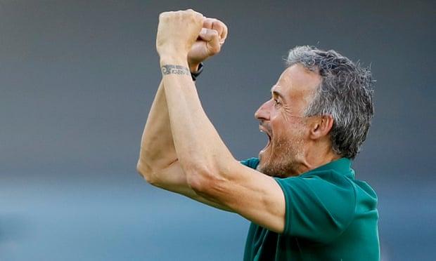欧洲杯-莫拉塔丢点 3将进球 西班牙5-0首胜出线