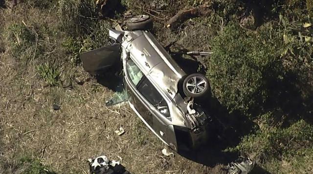 警方披露伍兹严重车祸原因:驾车超速接近一倍!
