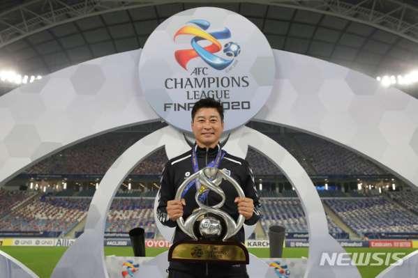 国安关注亚冠冠军教练 中国俱乐部有意科斯塔