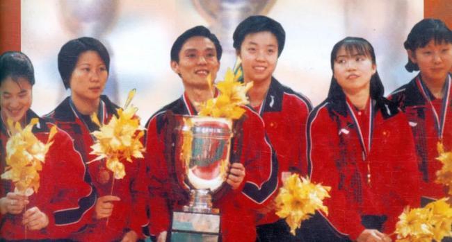 2000吉隆坡世乒赛女团决赛 中国3比1中国台北
