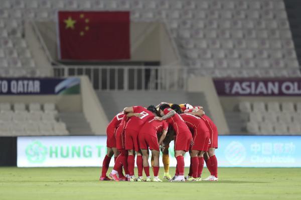 国足回国倍感亲切 教练组并未受负面舆论影响