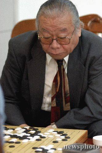 (中国围棋界的老友人宫本直毅师长)
