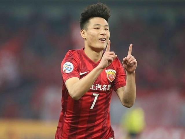 亚冠首回合上港4-0大胜恒大
