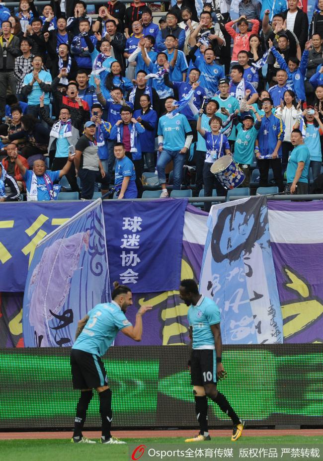 足球城大连终回最高舞台!不变的蓝色 不变冠军梦