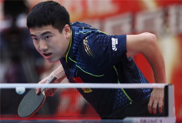 全运乒乓男团:梁靖崑逆转于子洋 冀沪3连胜并列第1