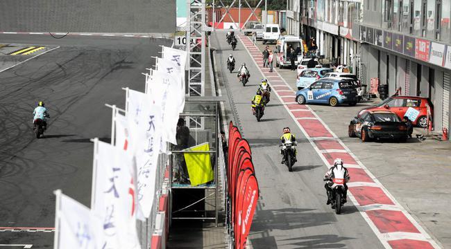 摩托车公开赛超级A B组