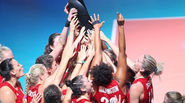 美国女排国家联赛18人名单 拉尔森阿金拉德沃领衔