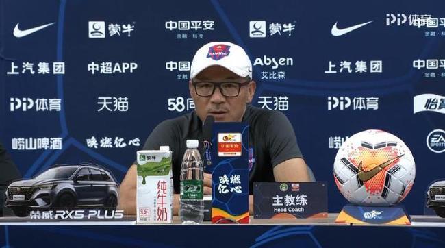 张外龙:感谢外援的职业性 今天赢得痛快要感谢球员