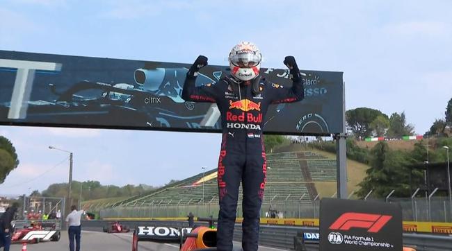 F1伊莫拉站正赛:维斯塔潘夺赛季首冠 博塔斯引红旗