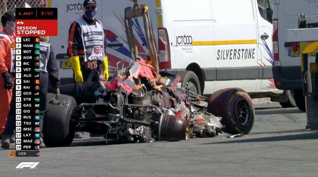 维斯塔潘赛车受损严重
