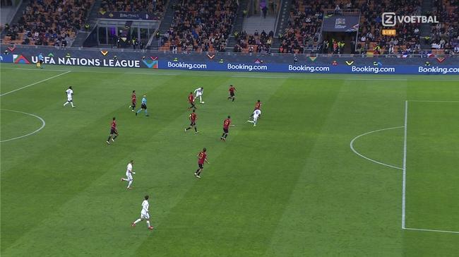 姆巴佩越位进球仍被判有效   西班牙球员严重不满