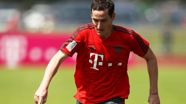 标价2000万欧!拜仁卖德国国脚中场 给新援腾地方