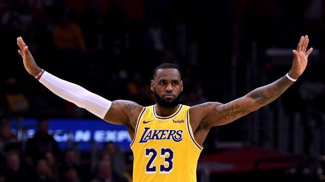 詹姆斯一纪录超乔丹KD! NBA历史最稳的人是他