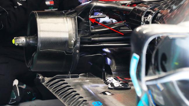 红牛向FIA就梅奔W11的后刹车通风导管的相符规性挑出质疑