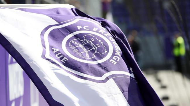 德国俱乐部第2轮新冠检测再现阳性 全队居家隔离