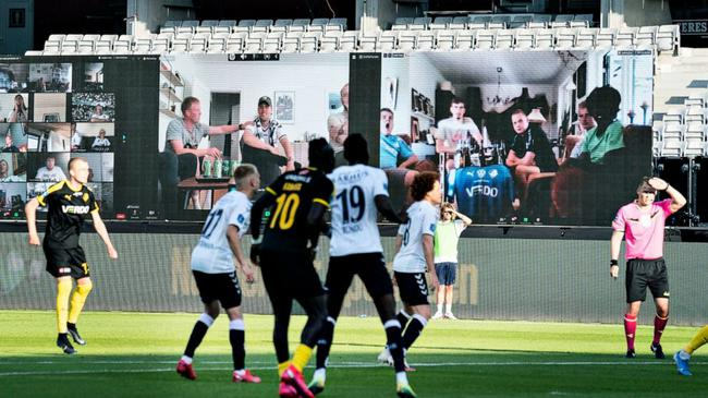"""周五,丹麦联赛在""""虚拟看台""""前面重启"""