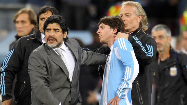 西格诺里尼:梅西不会冒险脱离巴萨