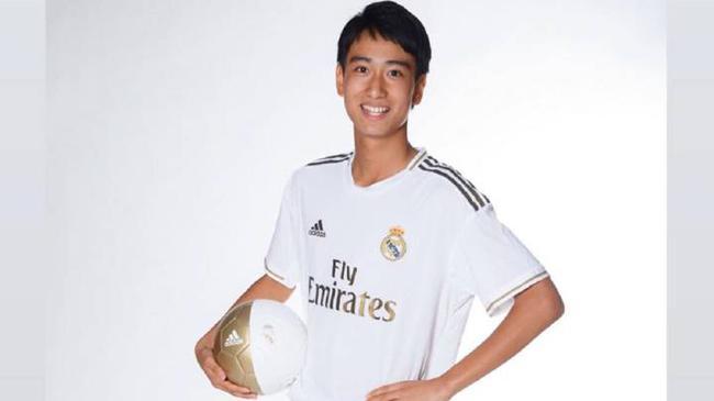 日本足球又出一天才 齐达内征召他跟皇马一队训练