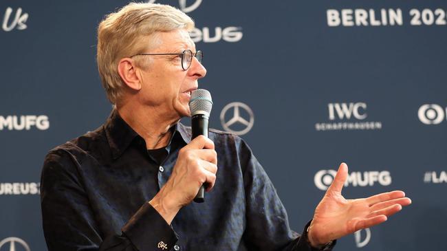 温格:阿森纳可以英超争冠了 这两年砸钱让我惊讶
