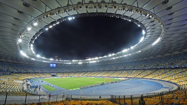 欧冠-卢卡库巴雷拉中楣 国米疑遭点球漏判客场平