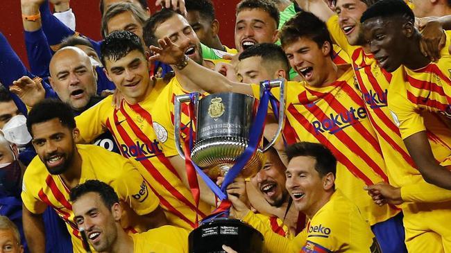 巴萨终结721天冠军荒 15名球员拿到在巴萨第一冠