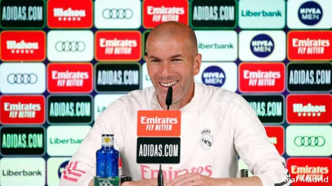 齐达内:不会因巴萨输球而高兴 也不会提前考虑欧冠