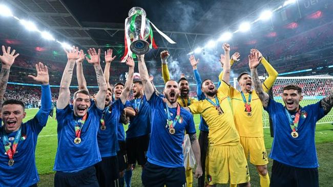 欧洲杯热度下降明显 欧洲杯乌龙球多爆冷也多,为何热度还下降?