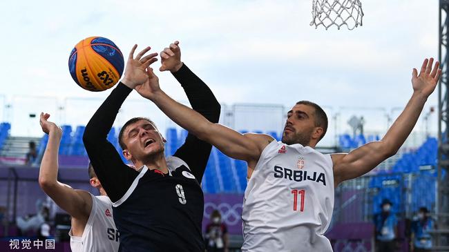 塞尔维亚不败晋级四强 俄罗斯3人男篮养精蓄锐