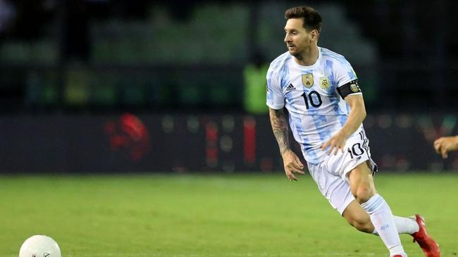 梅西:在巴萨很快能夺冠  在阿根廷队夺冠很困难