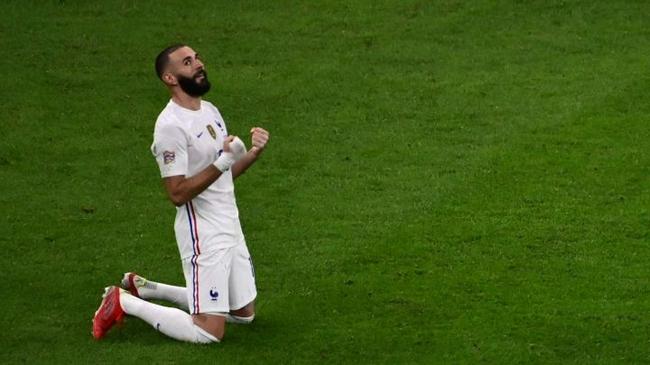西法都力挺本泽马   23年来首位获金球的法国人?