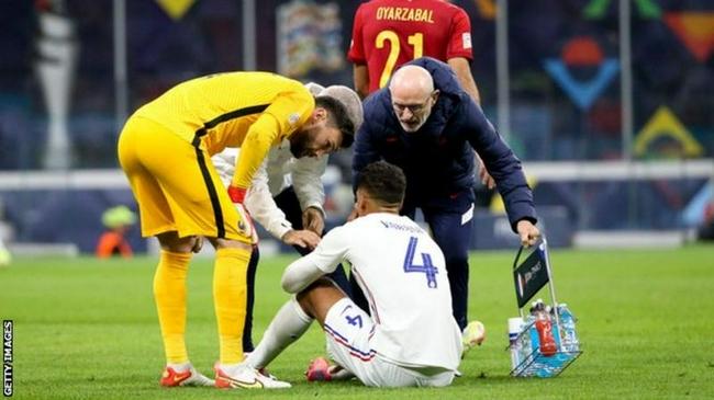 曼联官方宣布瓦拉内伤停数周 无缘对阵利物浦热刺!