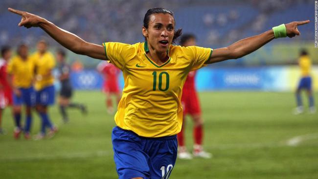 最新!巴西女足队长玛塔新冠检测呈阳性