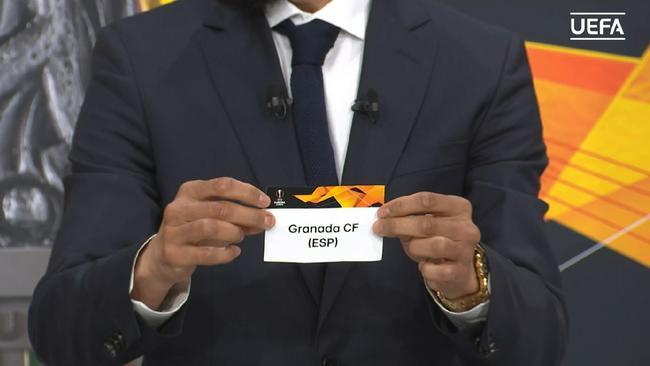 首先抽出格拉纳达