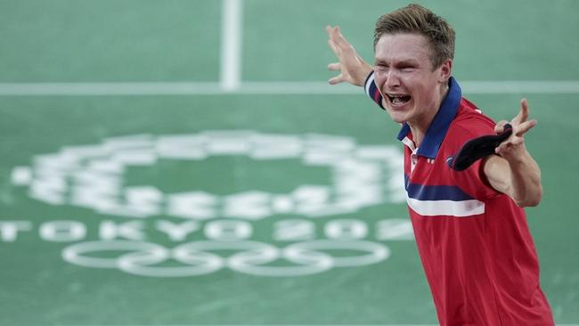 击败林丹!会讲中文的男孩,谌龙的这个丹麦对手就是个宝藏男孩
