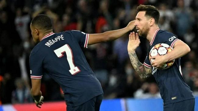 巴黎队长:梅西来自另外的维度   他就是一个金人